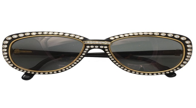 293e46980d4 Expensive Sunglasses sold for thousands of dollars. Unbelievable!!
